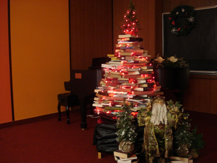 2014 book tree (smaller)
